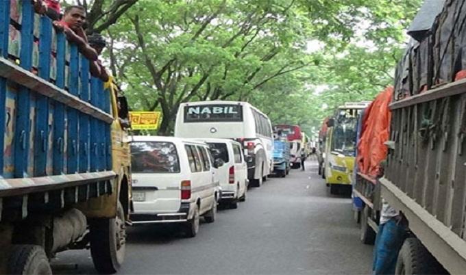 টাঙ্গাইল-ঢাকা মহাসড়কে ৪০ কিমি যানজট