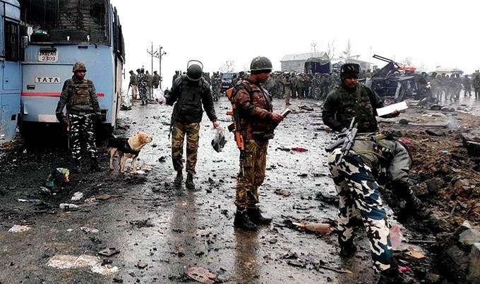 'হত্যার পর কাশ্মীরিদের অচিহ্নিত কবরে দাফন করছে ভারত'