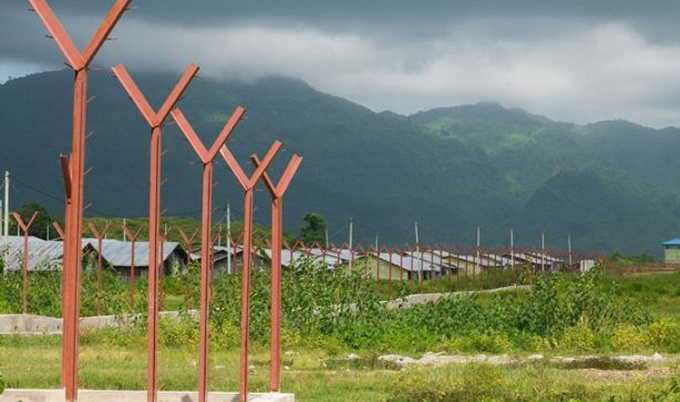 রোহিঙ্গাদের গ্রাম ধ্বংস করে সরকারি অবকাঠামো নির্মাণ মিয়ানমারের