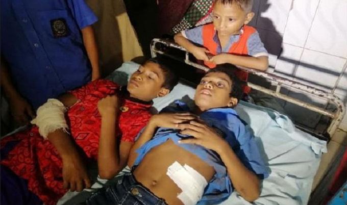 ভোলায় ককটেল বিষ্ফোরণে দুই শিশু আহত