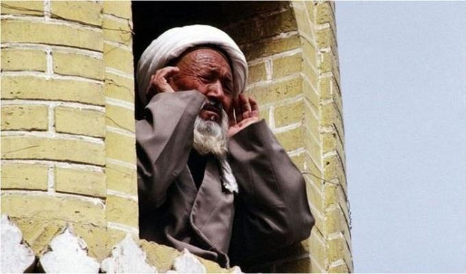 দাড়ি-বোরকার জন্যও মুসলিমদের আটক করেছে চীন, ১৩৭ পাতার নথি ফাঁস
