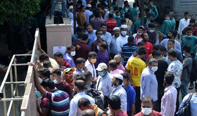 ৪০০ সৌদি প্রবাসী আজ পাচ্ছেন ফিরতি টিকিট