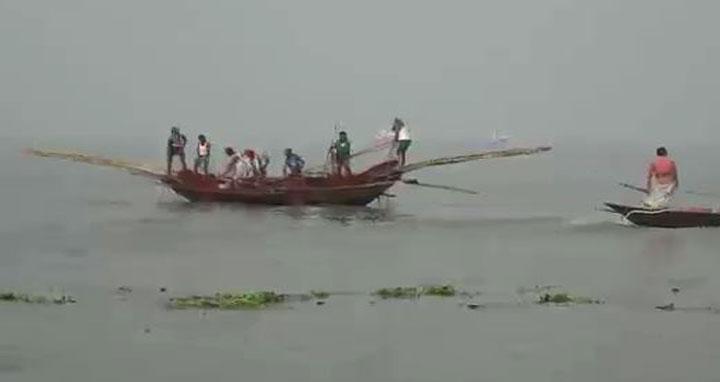 চাঁদপুরের পদ্মা-মেঘনায় দুইমাস মাছ ধরা নিষিদ্ধ