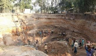 চুয়াডাঙ্গায় মাটিচাপায় ২ ইটভাটা শ্রমিক নিহত