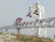 পদ্মায় বসল ১৮তম স্প্যান, দৃশ্যমান ২৭শ' মিটার
