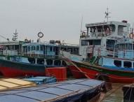 কাঁঠালবাড়ী-শিমুলিয়ায় লঞ্চ চলাচল বন্ধ