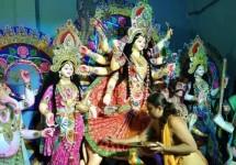 শারদীয় দুর্গাপূজার মহাঅষ্টমী আজ