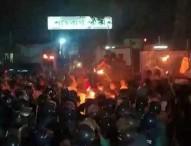শাহবাগে আন্দোলনকারীদের বিরুদ্ধে পুলিশের 'হত্যাচেষ্টার' মামলা